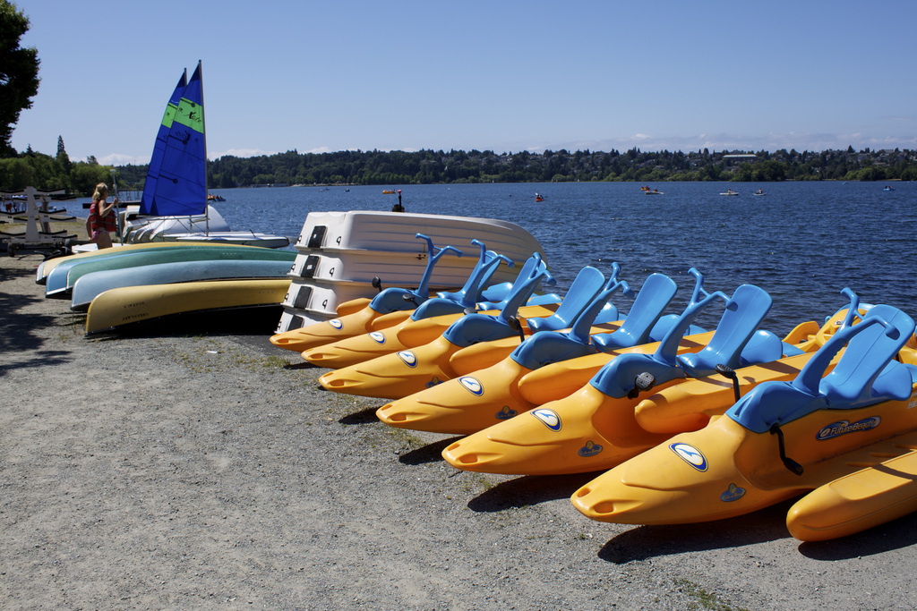 Green lake boat rental